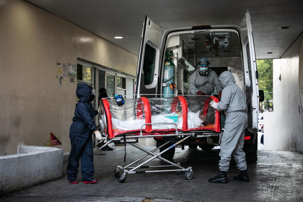Hospitales gente paramedicos Covid19 13