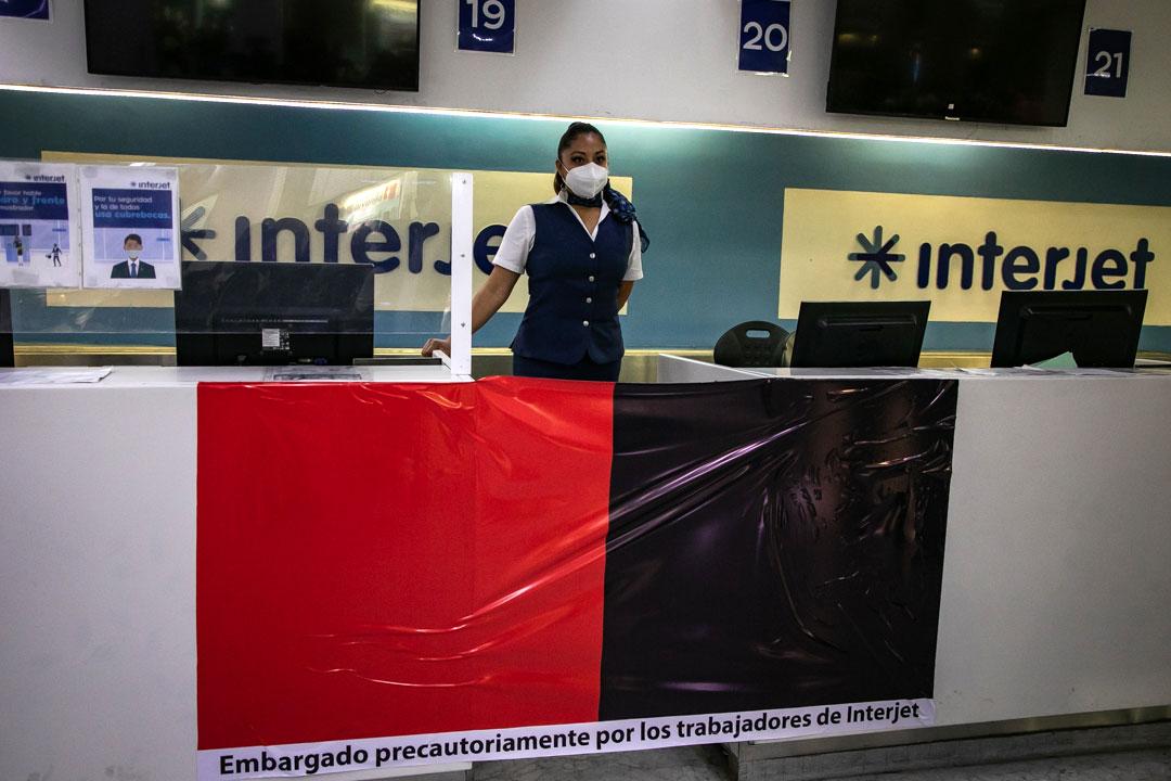 'Necesitamos apoyo', claman trabajadores de Interjet a gobierno de AMLO
