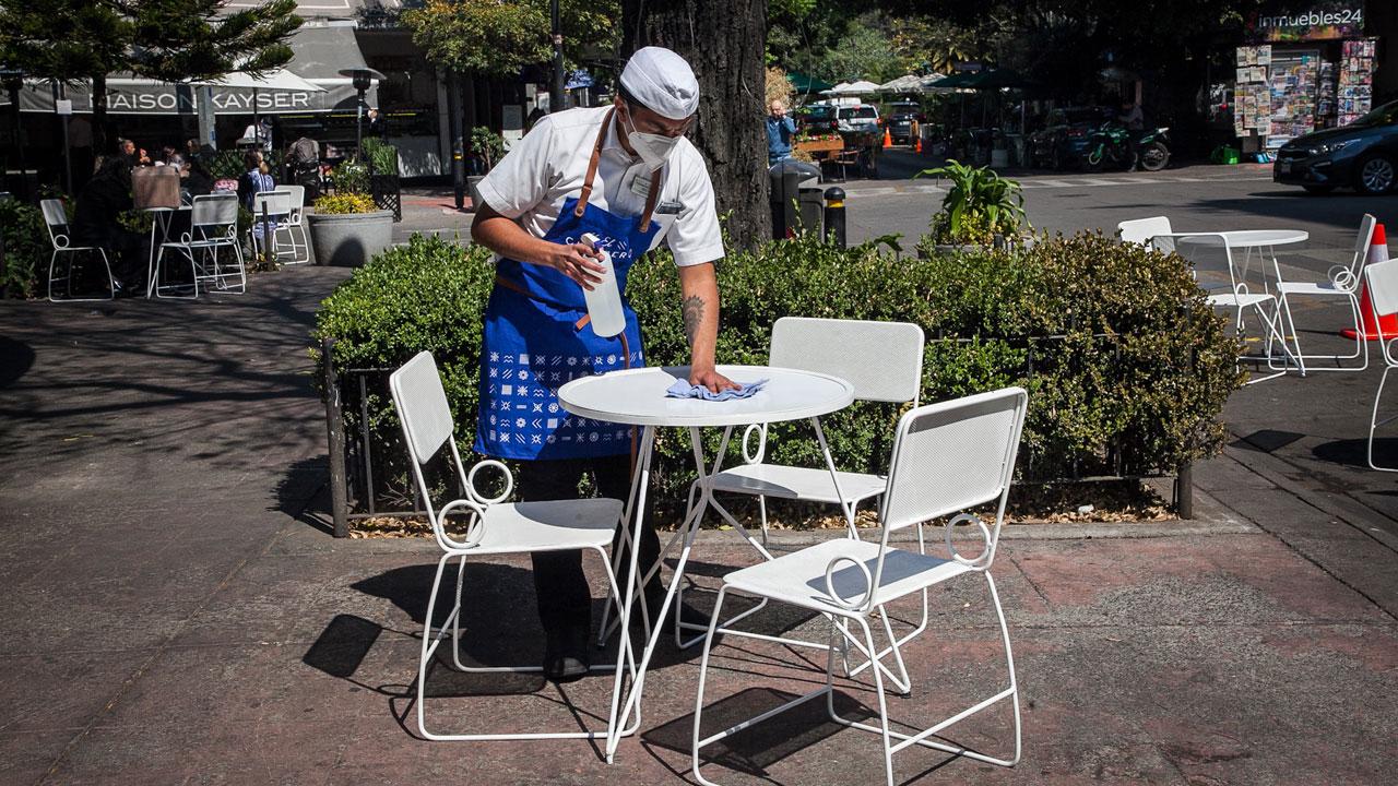 Restauranteros piden ampliación de horario hasta las 10 pm
