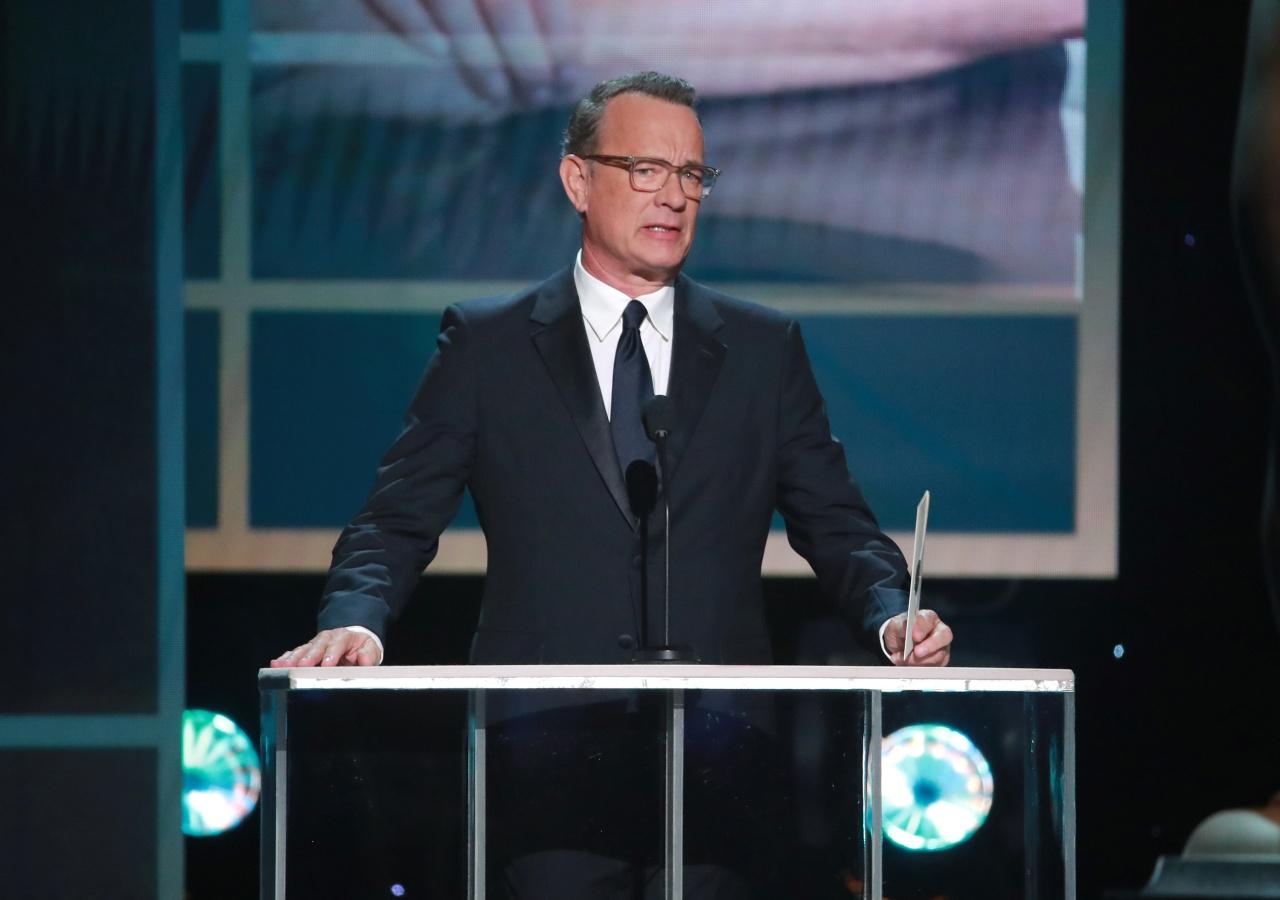 "Joe Biden ""celebra"" con Tom Hanks y grandes artistas"