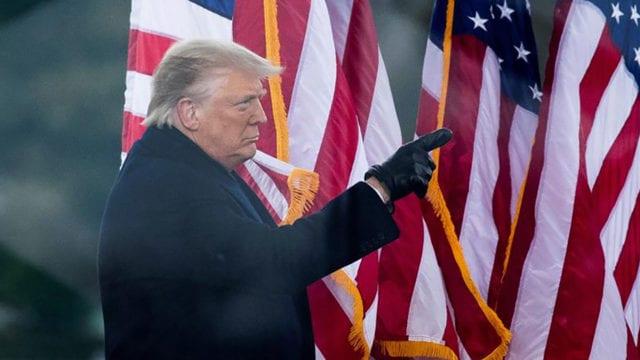 Trump afuera Casa Blanca