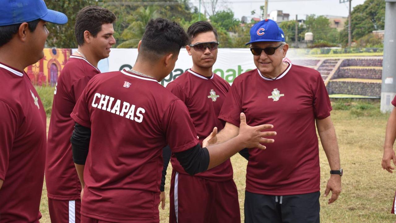 Sedatu remodelará estadio de beisbol donde juega equipo de Pío López Obrador