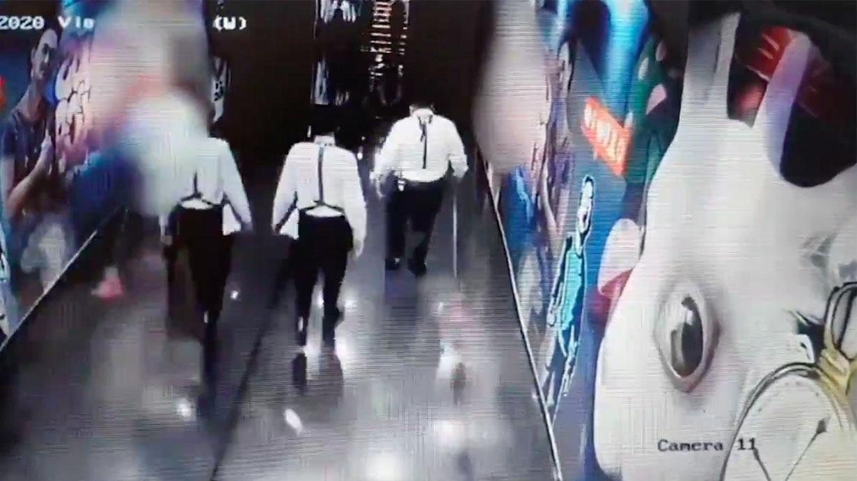 Fiscalía de Jalisco difunde videos del bar tras crimen de Aristóteles Sandoval