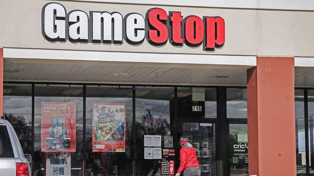 GameStop contrata a ejecutivo de Amazon como jefe de crecimiento