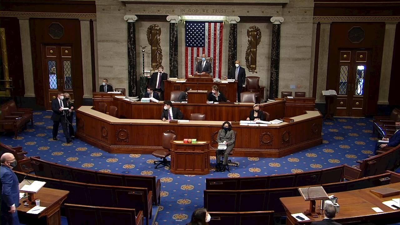 Cámara de Representantes de EU debate 'impeachment' contra Trump