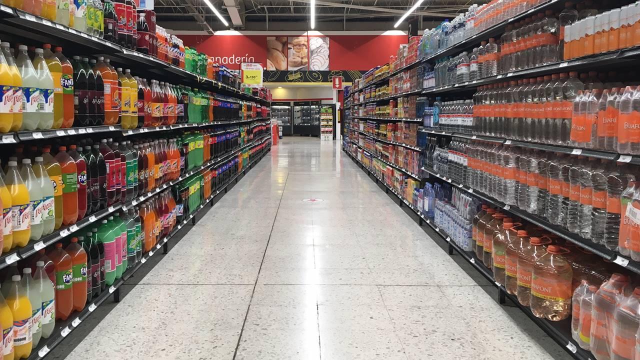 Ante inflación, 42% de consumidores buscan marcas propias de supermercados