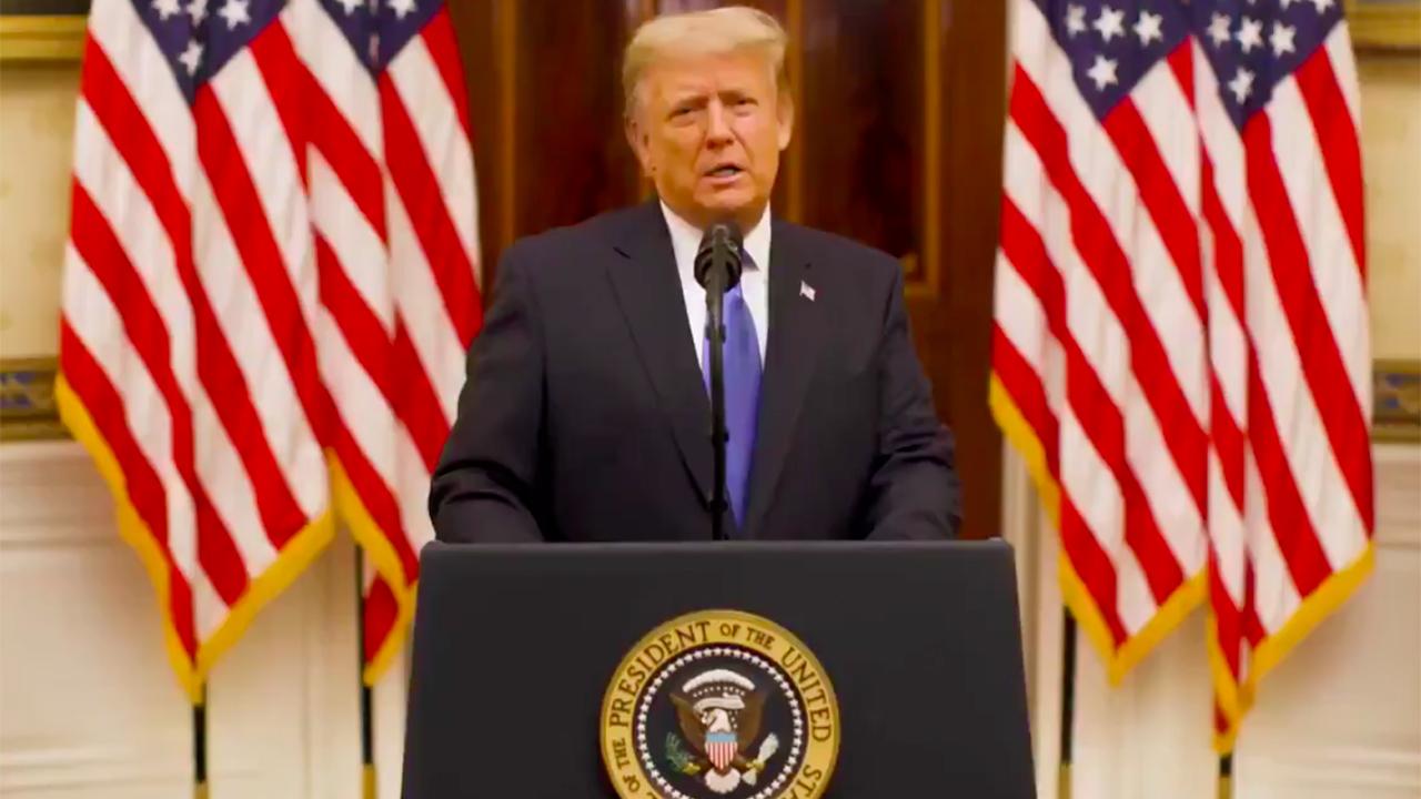 En discurso de despedida, Trump pide unión a estadounidenses, más allá de las diferencias partidistas
