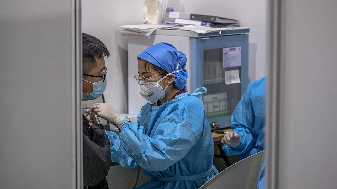 Más de 54 millones se han vacunado contra Covid en el mundo