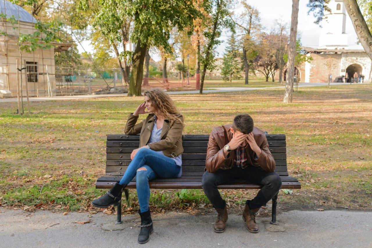 Mujeres u hombres, ¿quiénes caen menos en morosidad y pagan sus créditos más rápido?