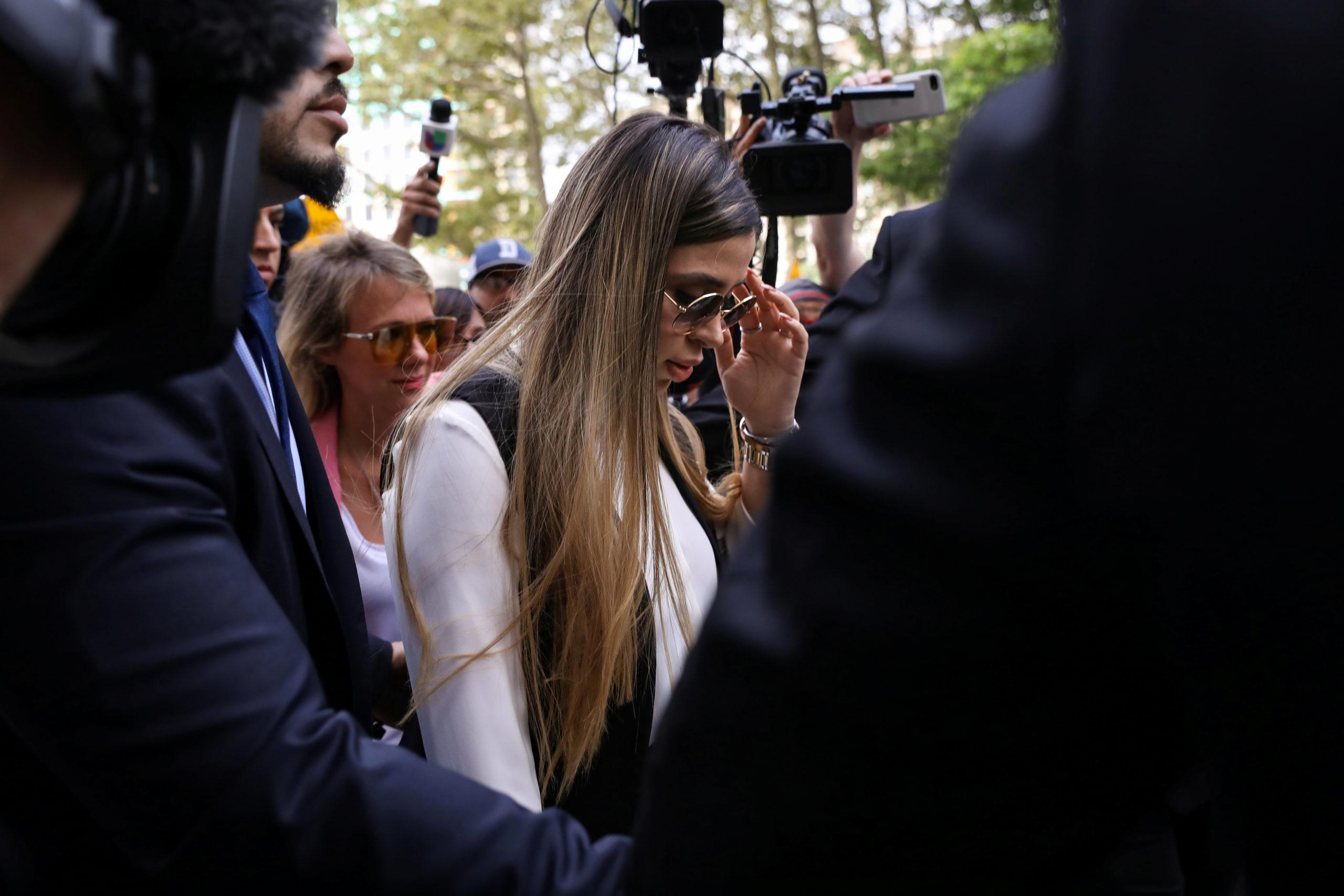 Emma Coronel tenía contacto con agentes de E.U. desde 2017