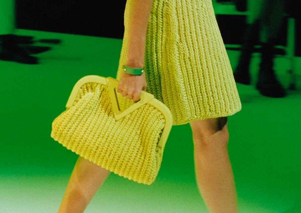 Nueva colección de bolsas Bottega Veneta lleva el crochet a otro nivel