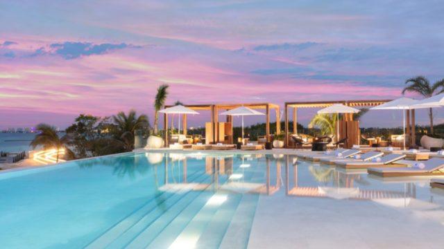 hoteles super lujo Cancún