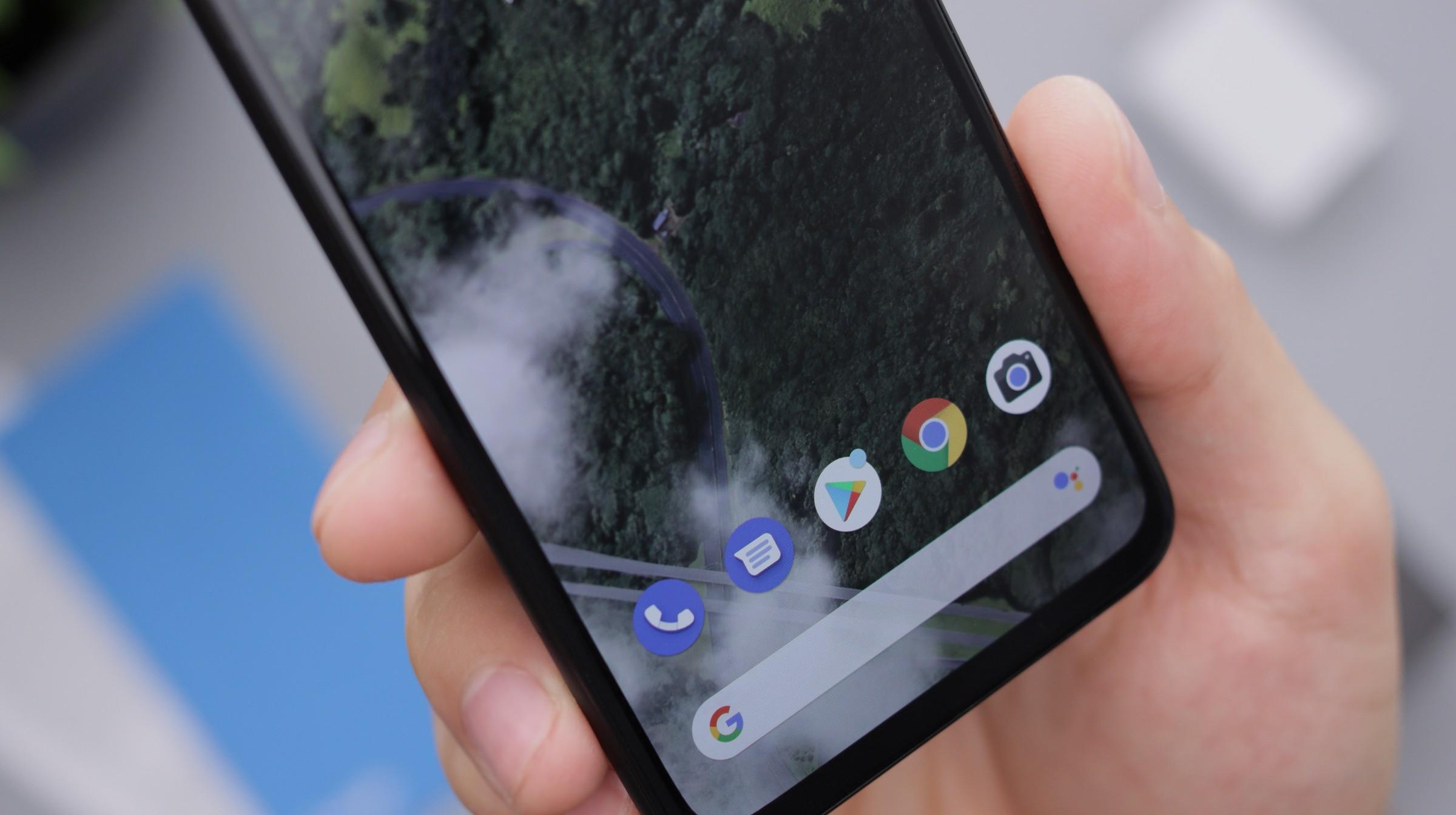 Acuerdos con fabricantes dieron una oportunidad a Android contra Apple: Google