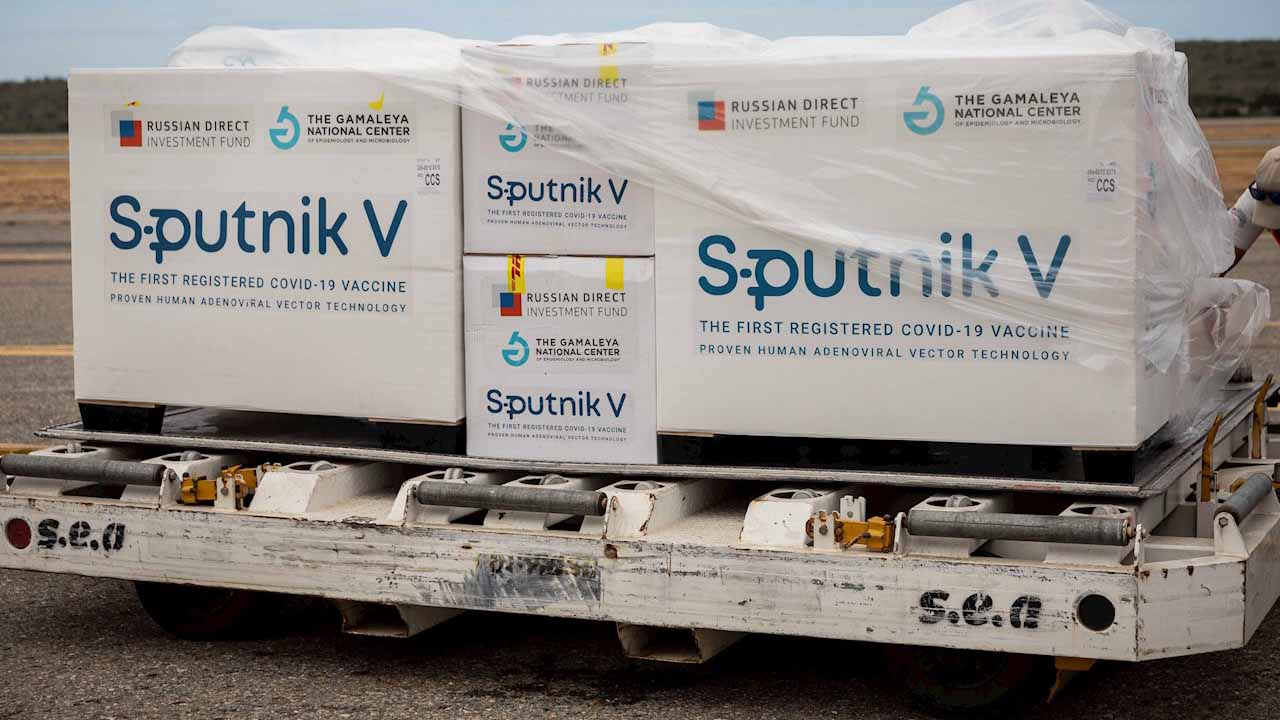 Rusia acuerda con India producción anual de 100 millones de Sputnik V