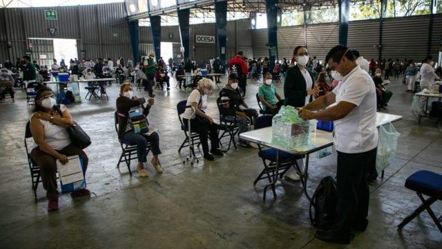Vacunacion Covid 19 adultos mayores Iztacalco 6