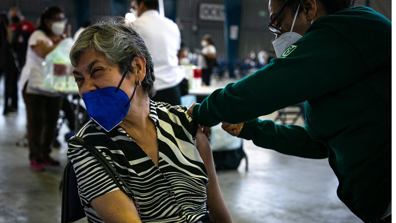 Guanajuato reporta 87 adultos mayores con Covid-19; ya estaban vacunados