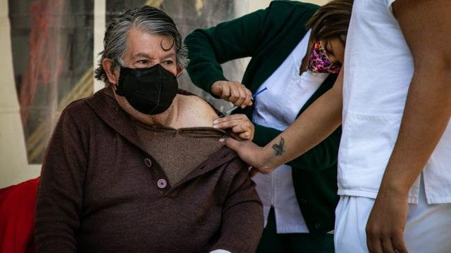Vacunacion Covid19 adultos mayores 1