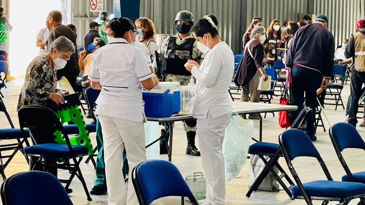 Vacunación de adultos de 50 a 59 años inicia la próxima semana; registro se abre mañana