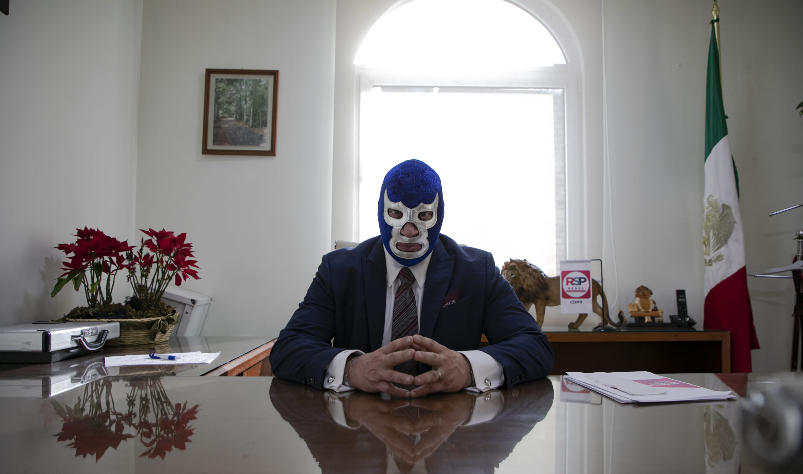 'Empecé pintando con Bob Ross': Blue Demon Jr.