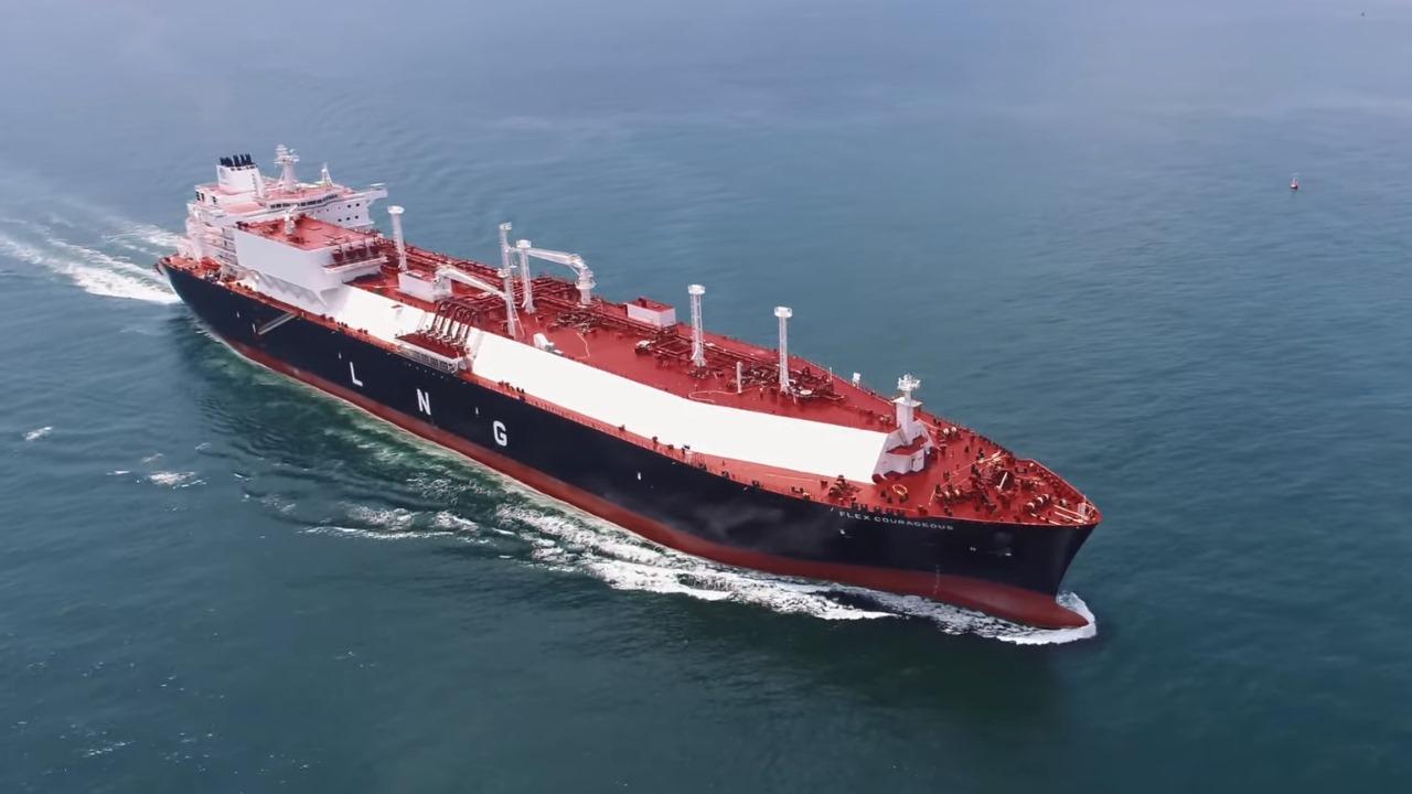 CFE descarga gas de buque mientras aumenta recepción por ducto desde EU