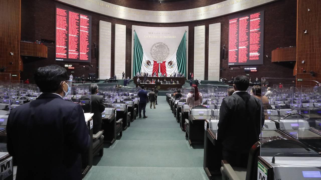 San Lázaro avala sin cambios reforma eléctrica; la envía al Senado