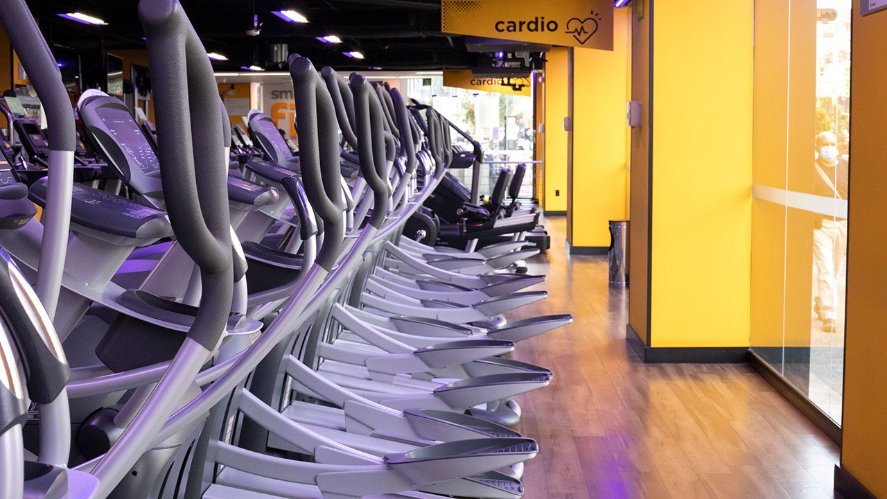 Sports World y Smart Fit quieren unir fuerzas: buscarán fusionarse