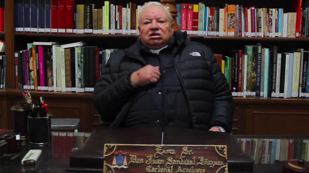 El cardenal Juan Sandoval Íñiguez está en terapia intensiva