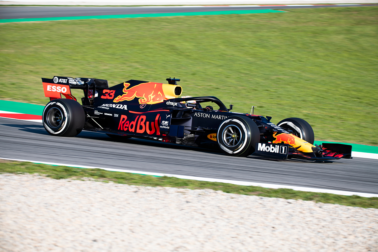 Red Bull Racing apuesta por la seguridad automotriz junto a un nuevo aliado