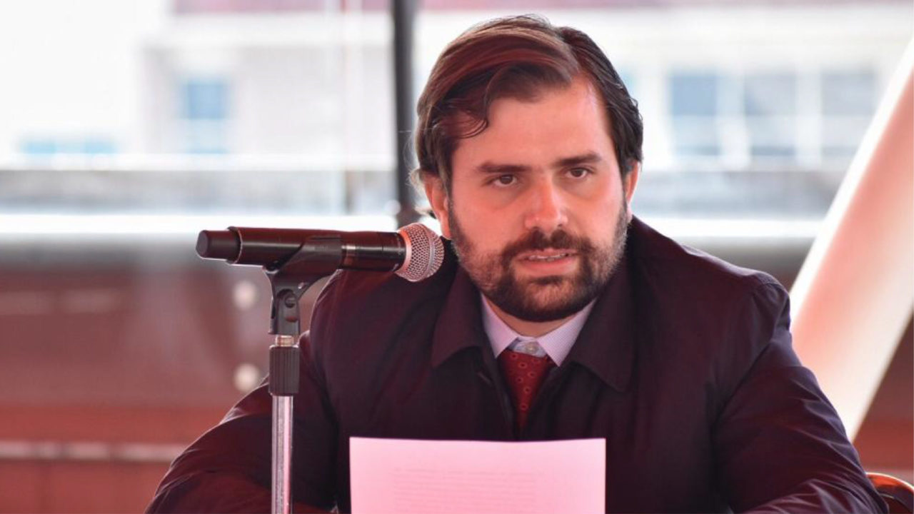 Nombran a Alejandro Svarch nuevo titular de la Cofepris