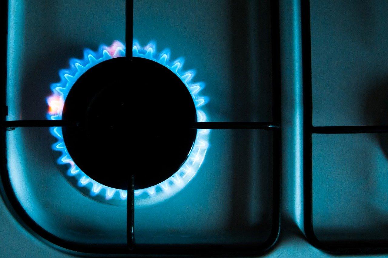 Empresas de gas natural piden a clientes reducir consumo