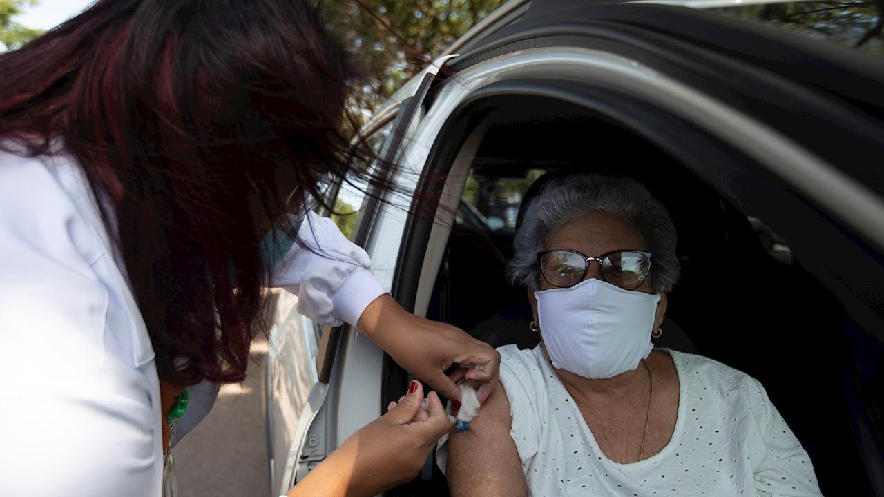 Pfizer no podrá adelantar abasto de vacunas la próxima semana, informa López-Gatell