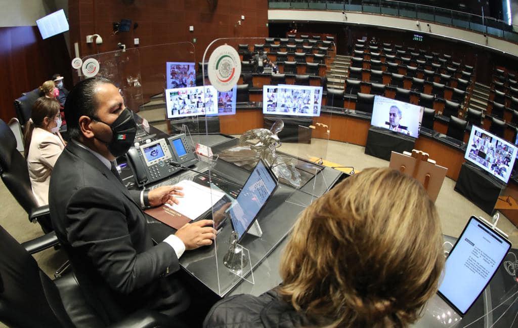 En 'fast track', Senado aprueba reforma eléctrica de AMLO