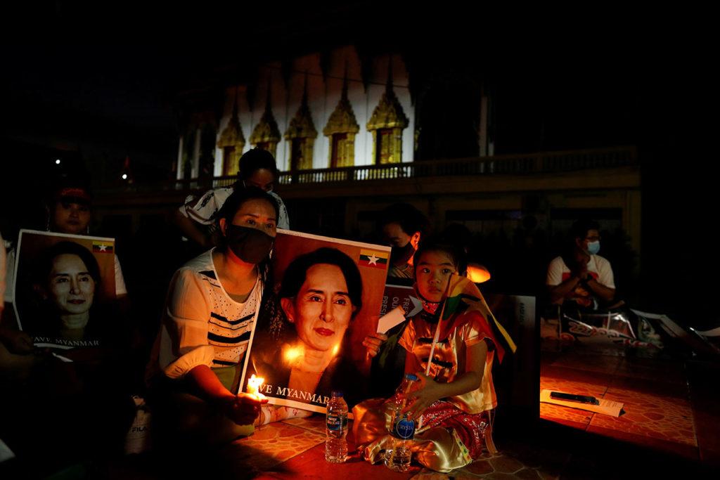 Birmania Myanmar migrant workers protest against military junta, in Bangkok