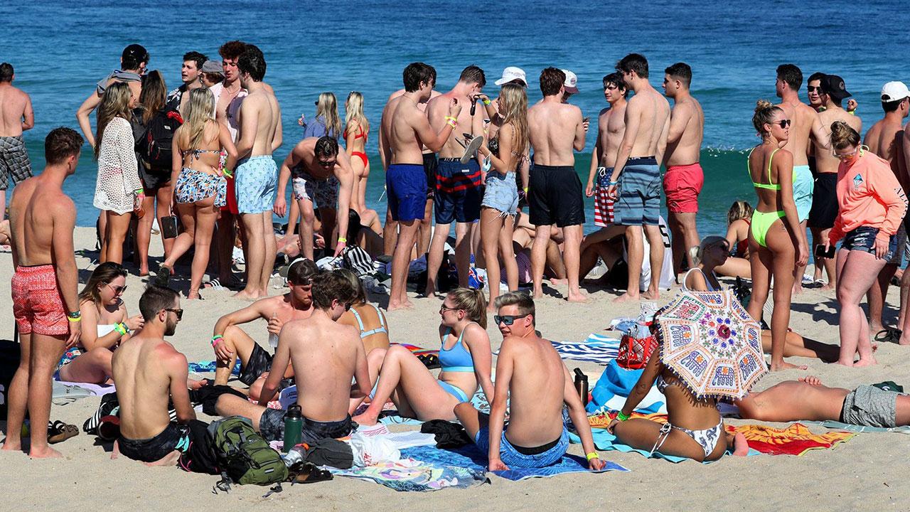 Fotogalería: Playas llenas ante el repunte mundial de Covid-19