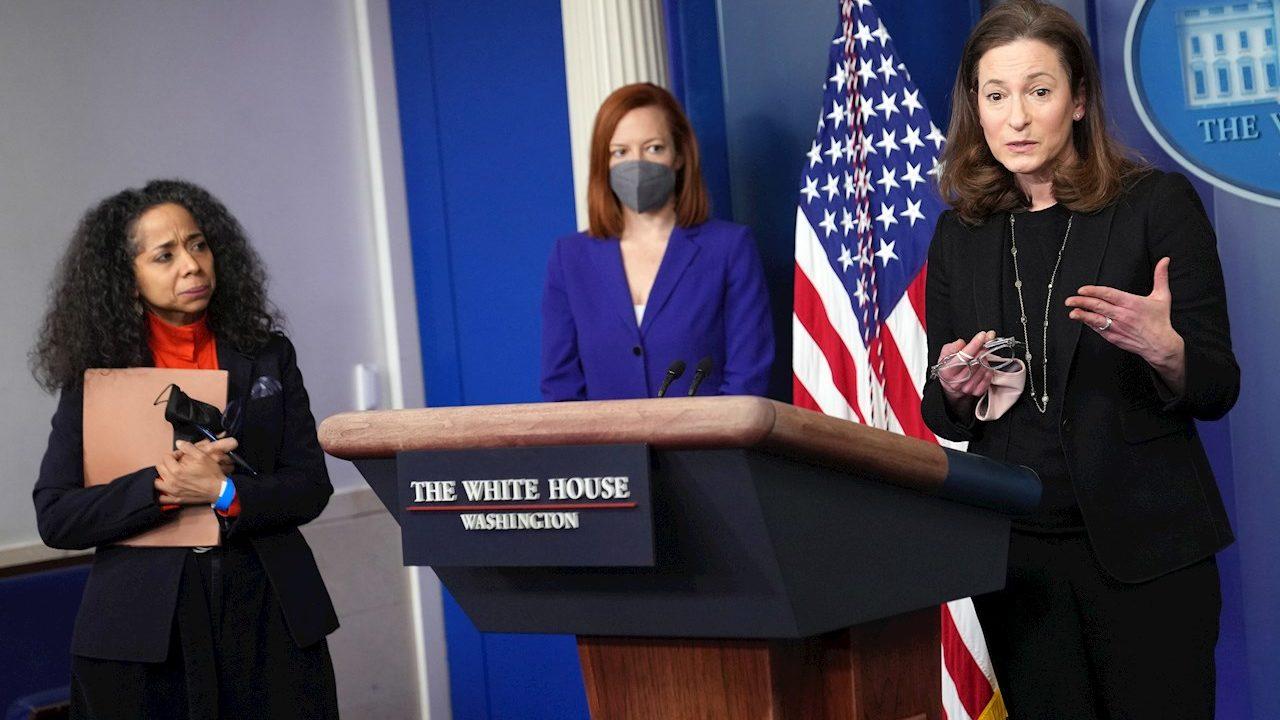 Biden eleva las políticas de igualdad de género con nuevo consejo de asesoras