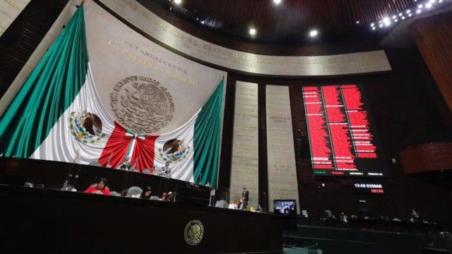 Morena propone que estados no analicen desafuero de gobernadores