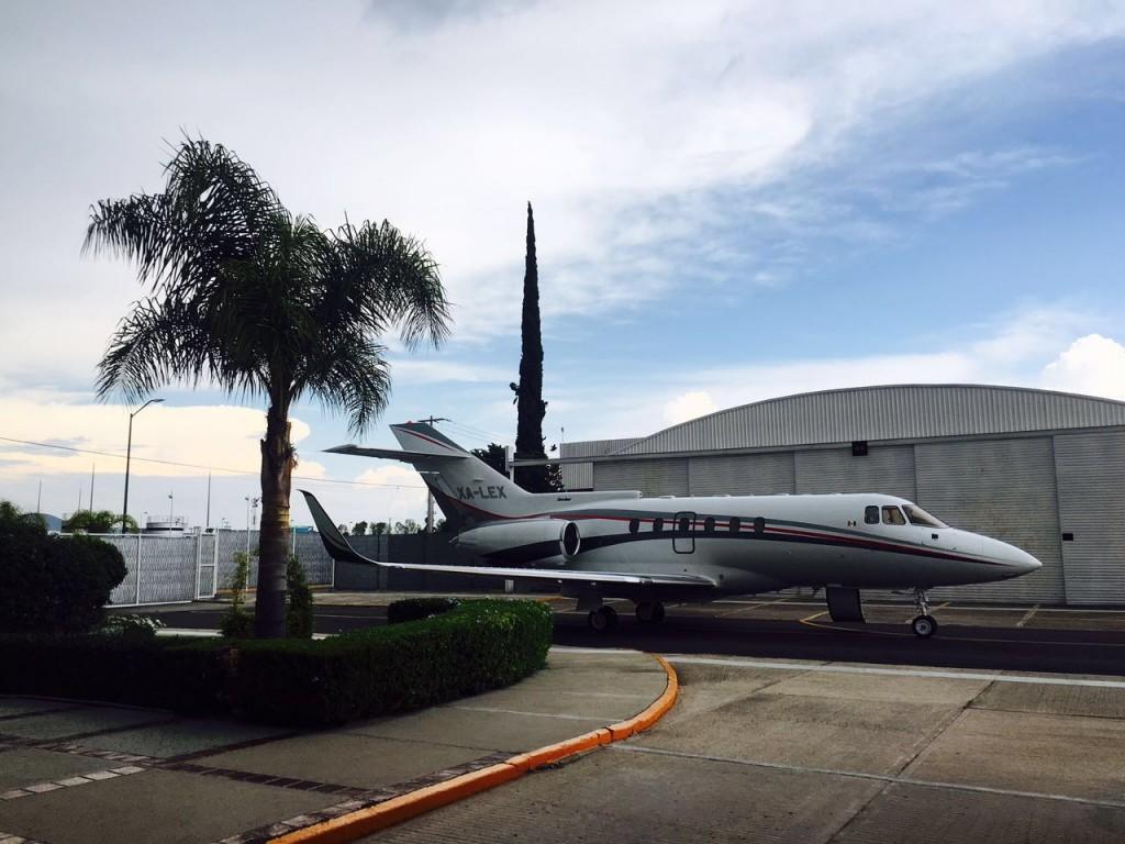 Aeromonky, el negocio de taxis aéreos y taller del hijo de Romero Deschamps