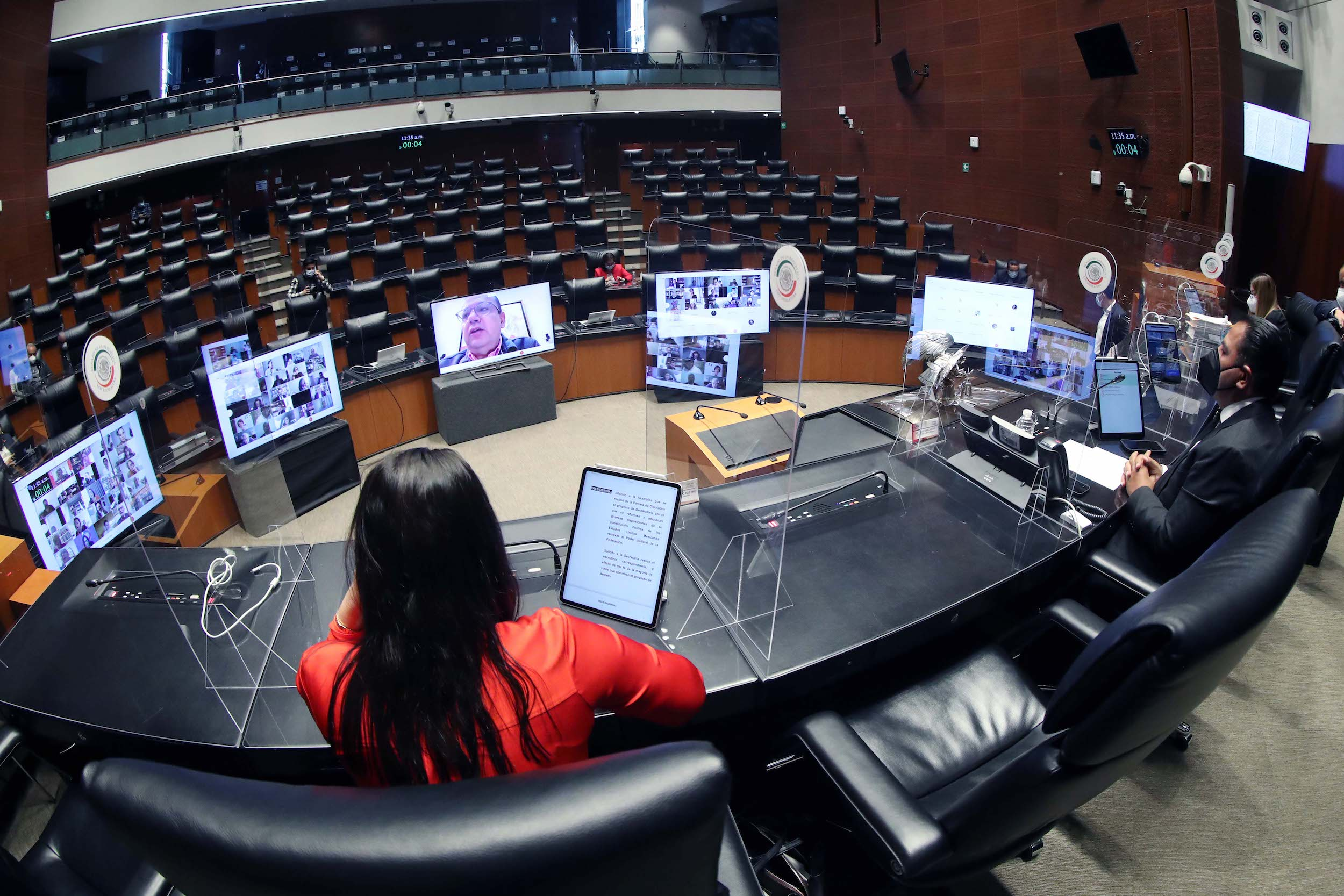 Senado avala Ley de la FGR; participará en sistemas de derechos humanos