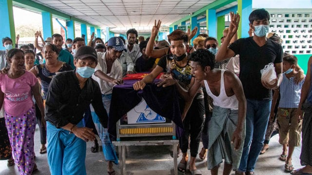 Birmania Funeral of 13 year-old boy shot dead by security forces in Myanmar
