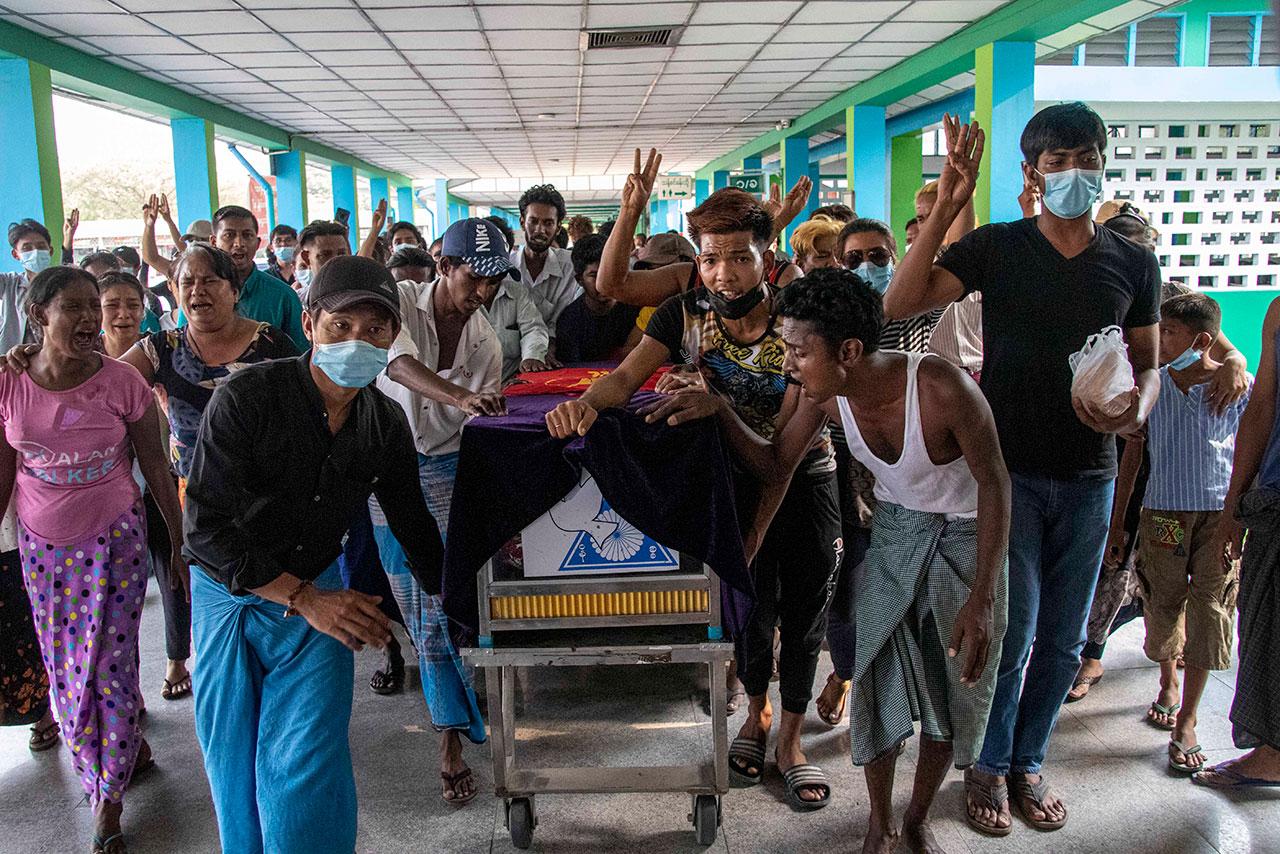 Fotogalería: El día más mortífero en Birmania desde el golpe militar
