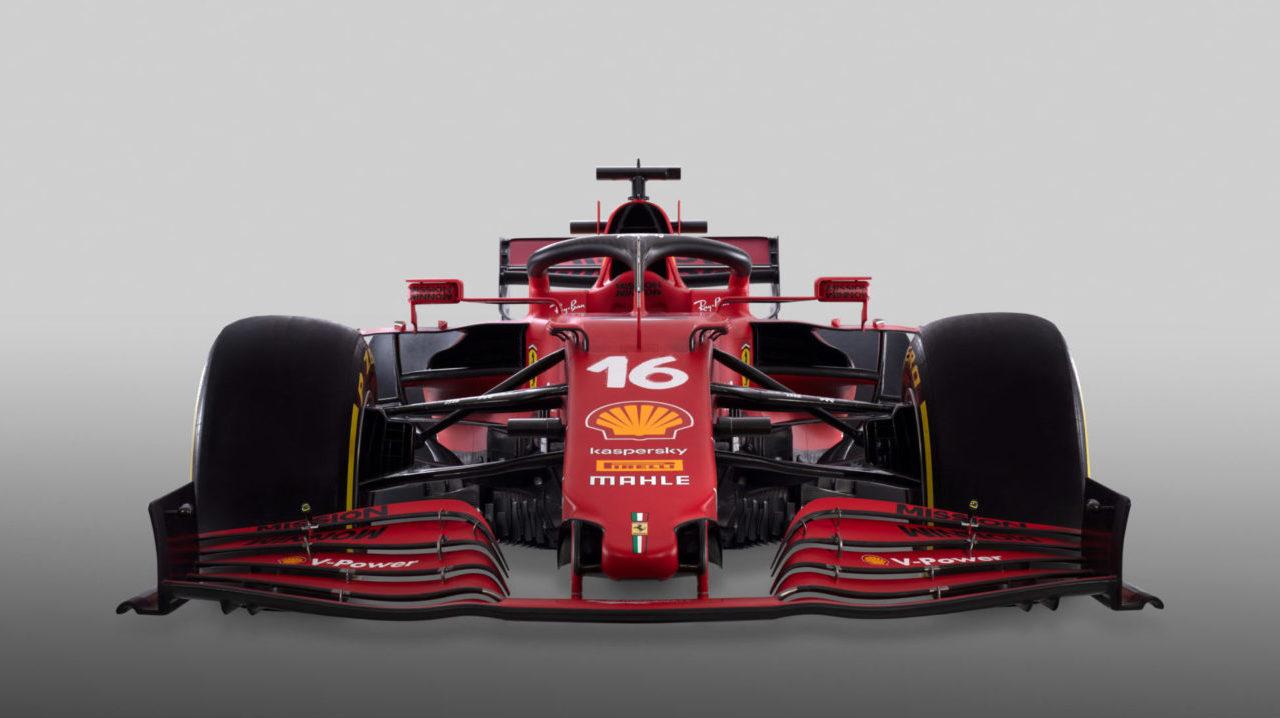 Ferrari presenta su auto para la Fórmula 1, con un cambio impresionante