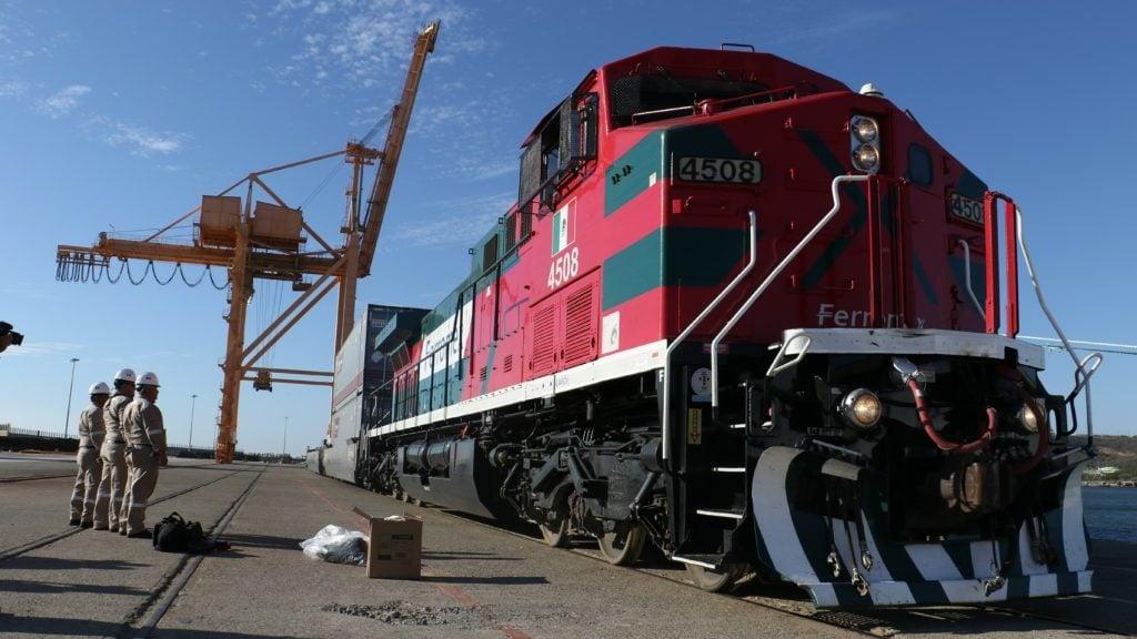 Tren del Istmo se conectará con Guatemala vía Tapachula