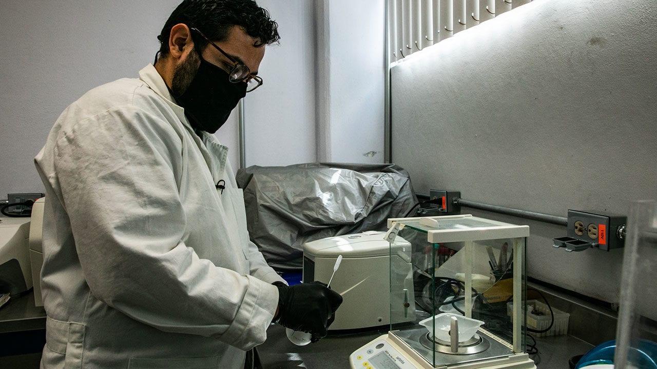 UAQ Laboratorio vacuna Covid19 11