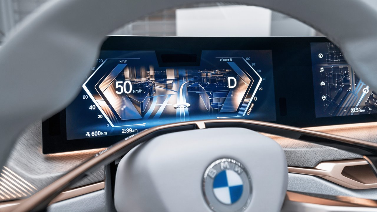BMW prevé que la mitad de sus ventas sean autos eléctricos para 2030