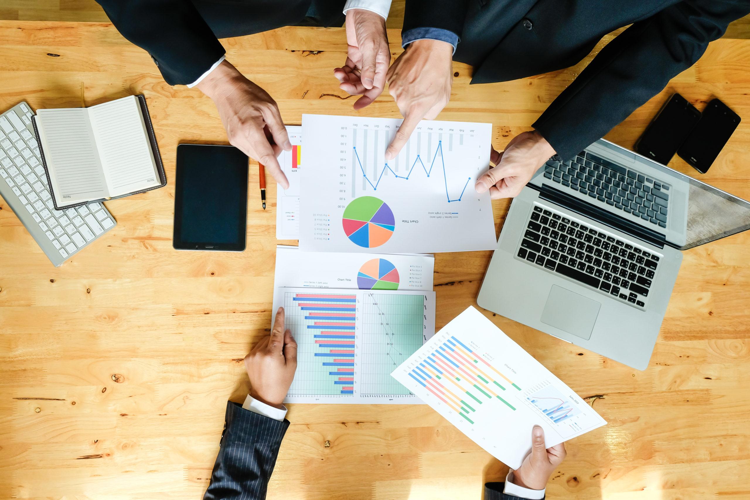 Conoce las 3 tácticas de ventas que tienes que implementar hoy y cuáles debes dejar atrás
