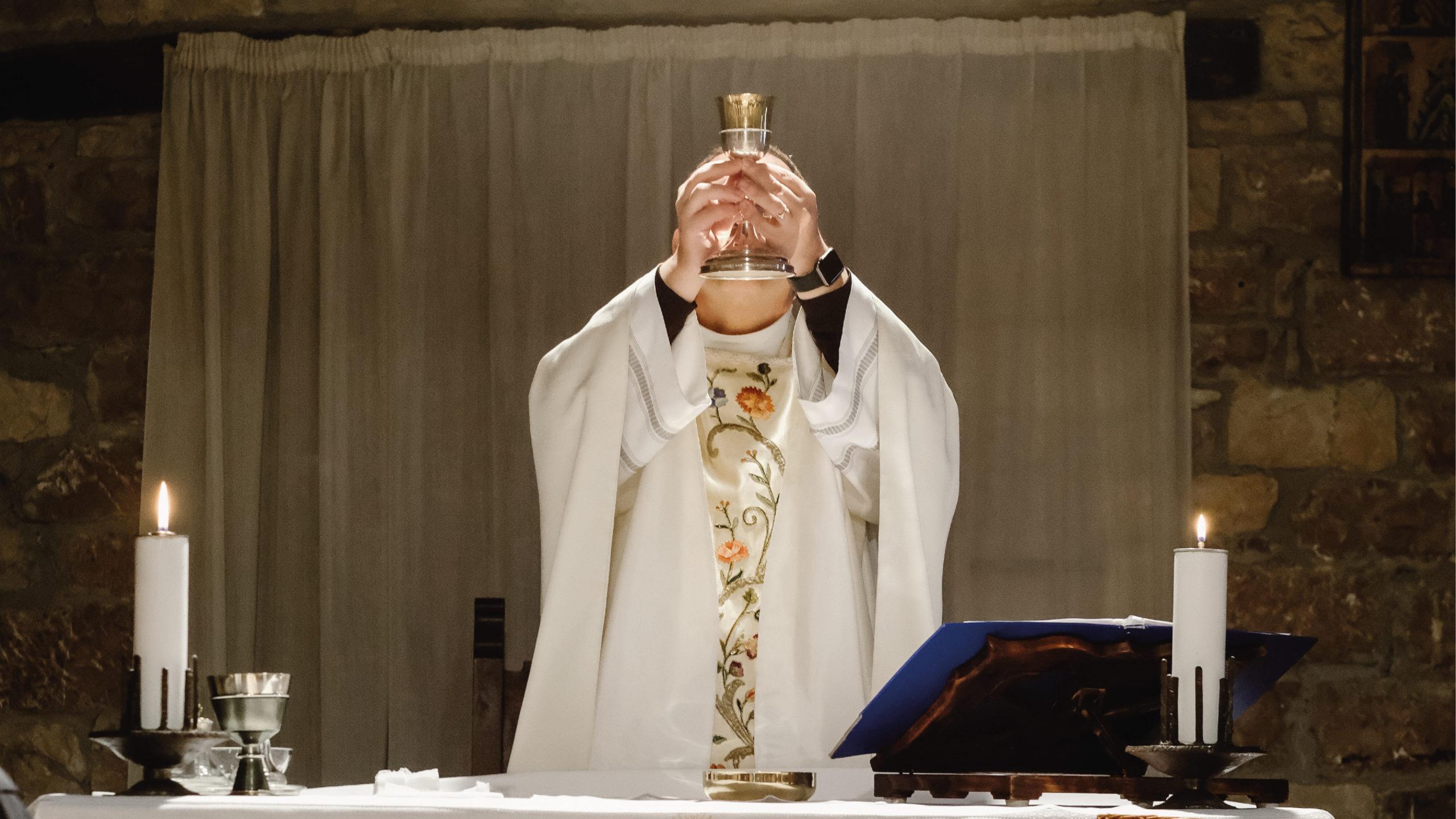 La Iglesia católica pide evitar nueva ola de Covid-19 en Semana Santa
