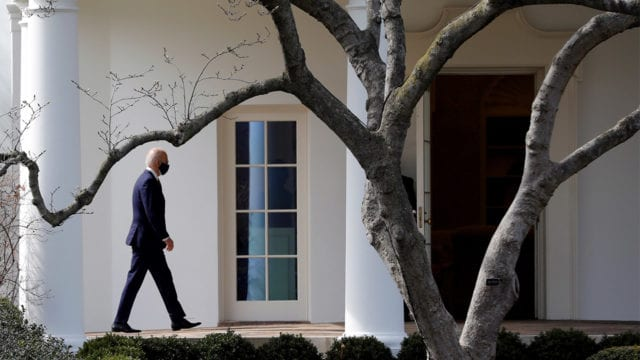 Congreso de EU aprueba el rescate fiscal del presidente Joe Biden