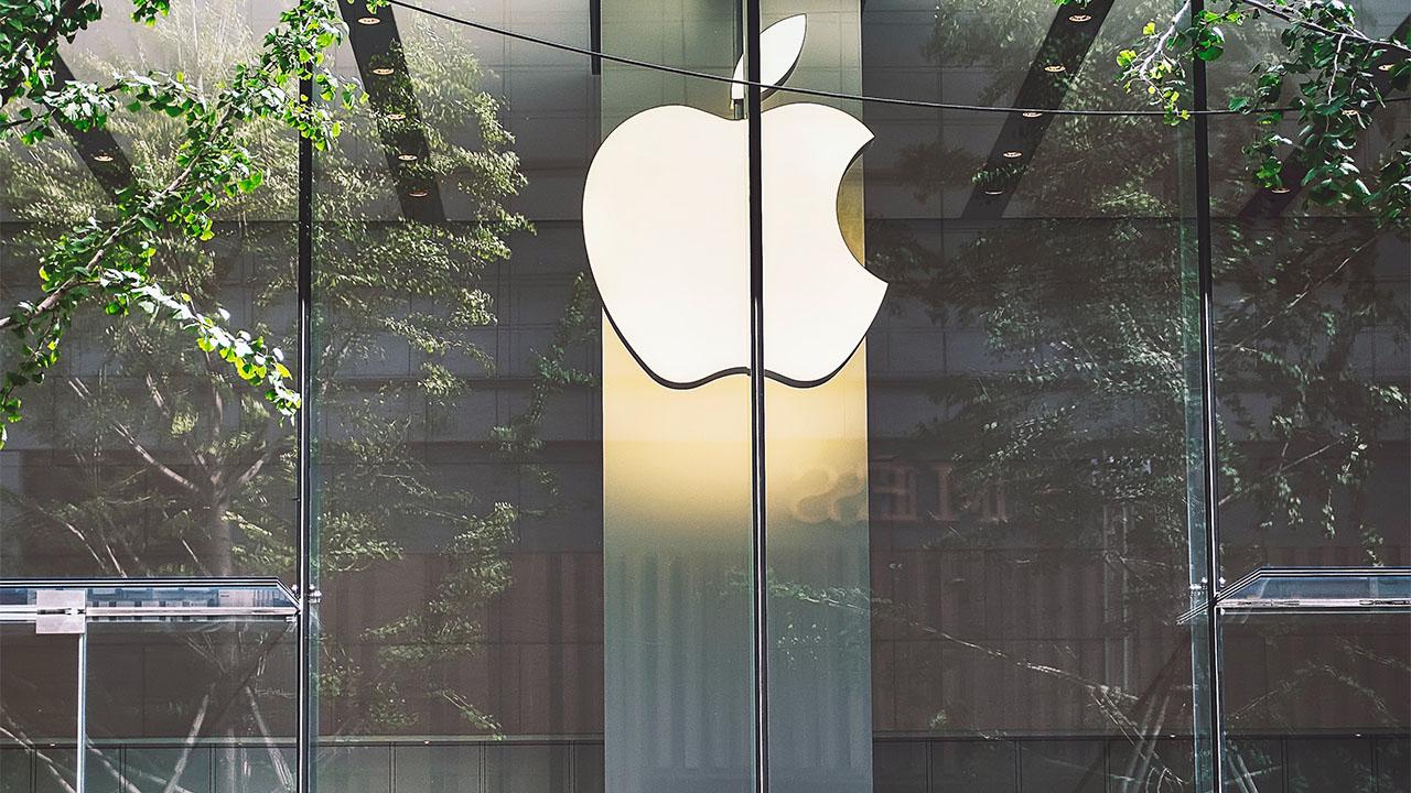 Apple reabre todas sus tiendas en EU por primera vez desde hace un año