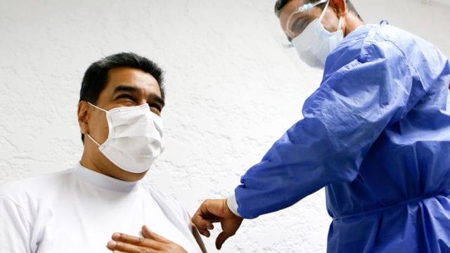 Nicolás Maduro recibe primera dosis de vacuna Sputnik V