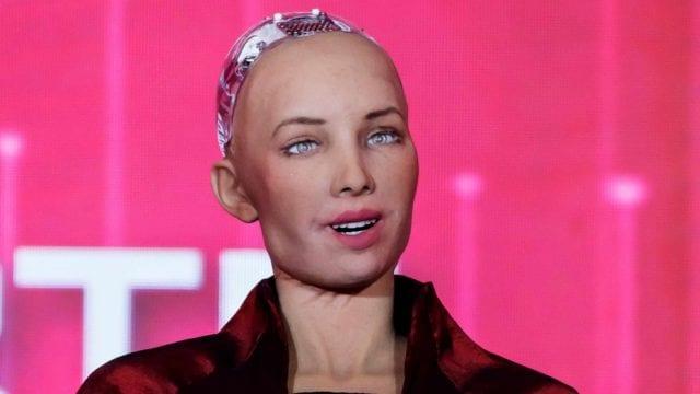 Sophia robot subasta